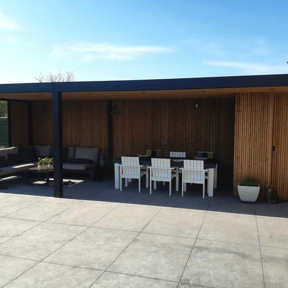pergola toit fixe avec bardage bois